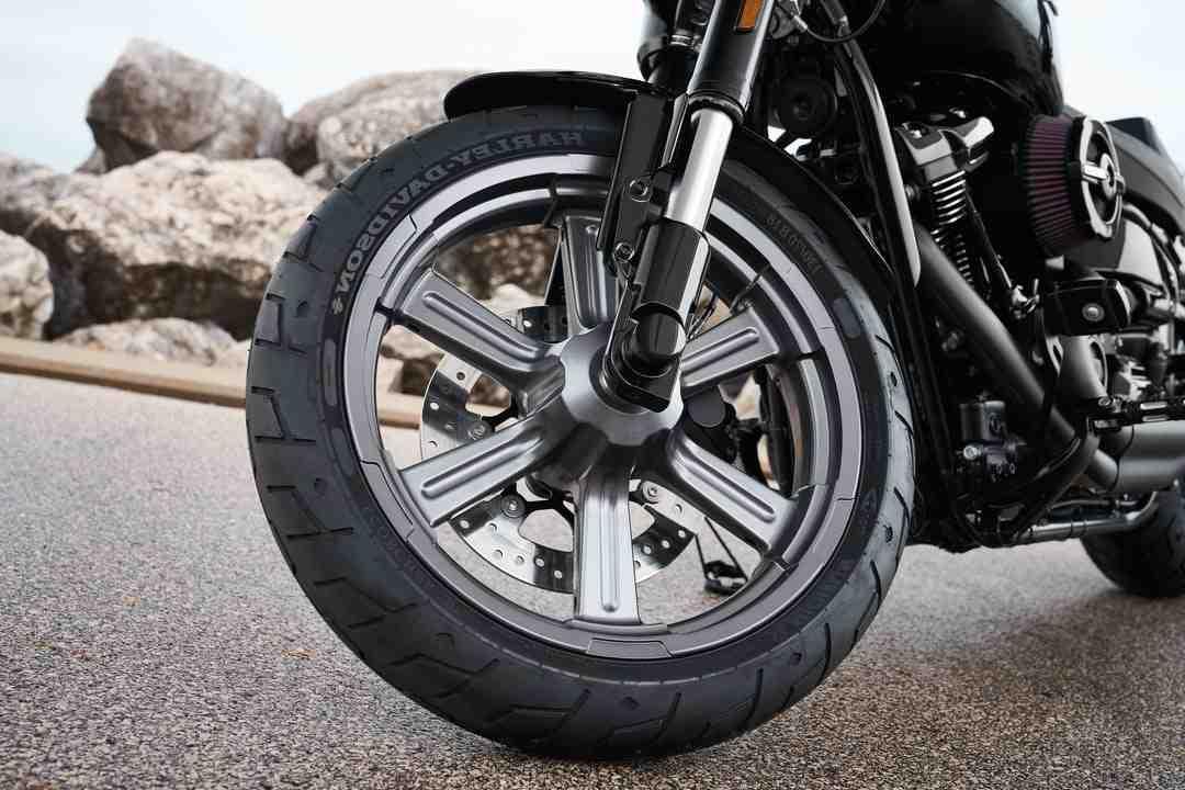 Comment changer pile transpondeur Harley ?